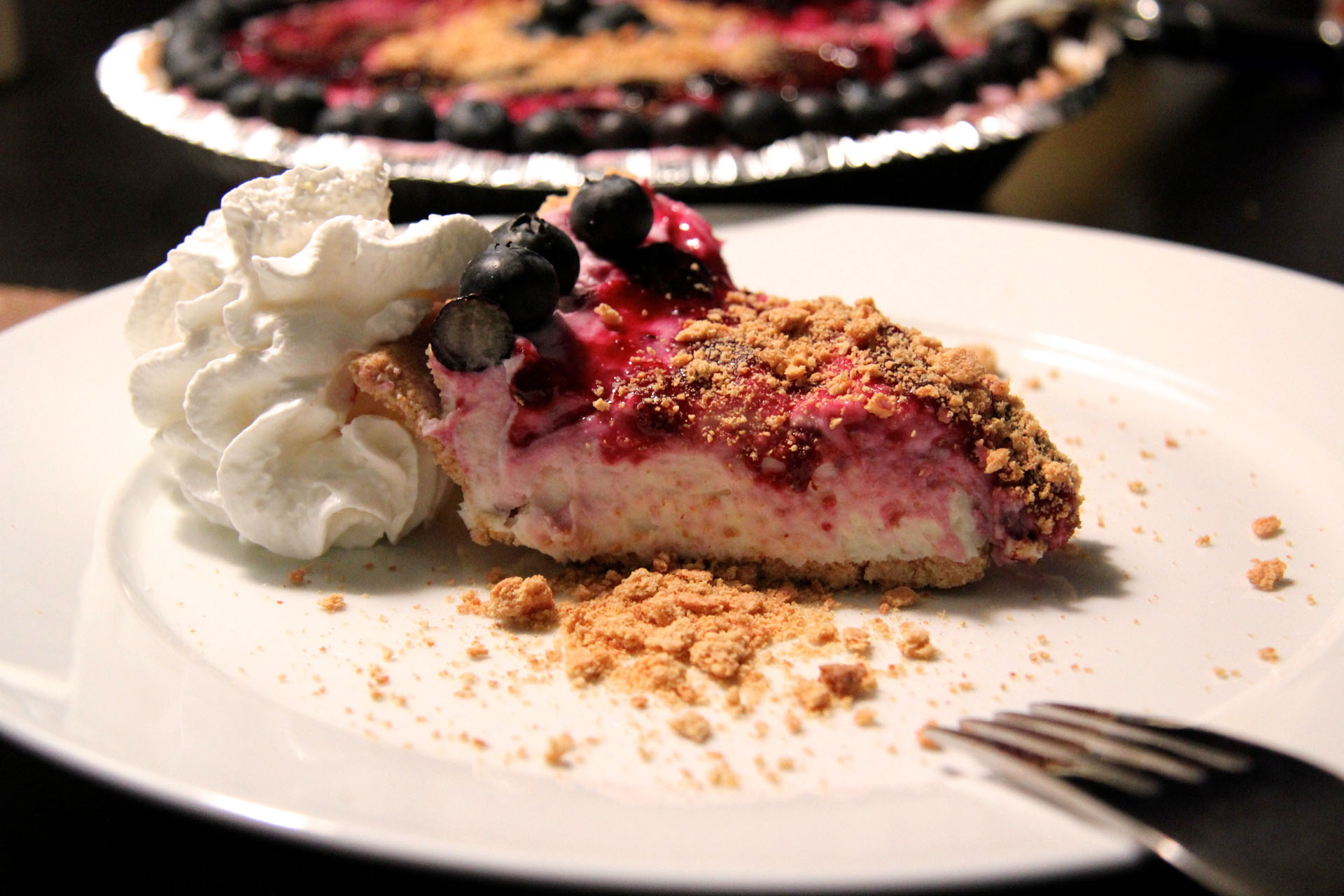 No bake Blueberry Cheesecake with Graham Cracker Crust - Fangalicious